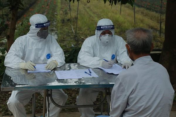 Đỡ đẻ thành công cho sản phụ nhiễm covid-19 từ Nga về nước